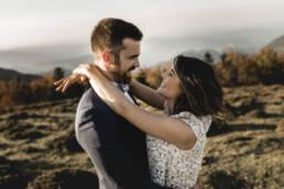 Un couple de mariés au Relais de Porthos